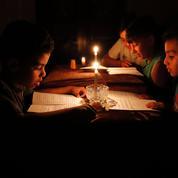 Gaza: Mahmoud Abbas tente d'asphyxier le Hamas