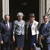 Theresa May s'achète une majorité et le soutien des unionistes irlandais