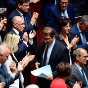 Guillaume Perrault : «À l'Assemblée, les députés LR entre Macron et leurs électeurs»