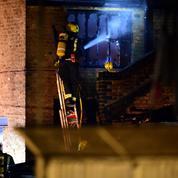 À Londres, un incendie endommage le marché touristique de Camden Lock