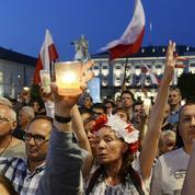 UE: Bruxelles «tout près» d'engager le fer contre Varsovie