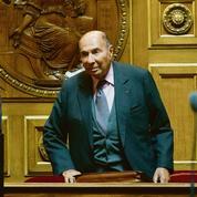 Serge Dassault contre «la division droite-gauche»
