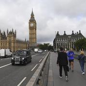 Le Royaume-Uni bannit à son tour les véhicules à essence et diesel d'ici à 2040