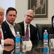 Apple, Facebook et Google critiquent la décision de Trump d'interdire l'armée aux transgenres