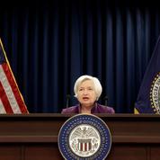 La faiblesse des salaires et de l'inflation déçoit aux États-Unis