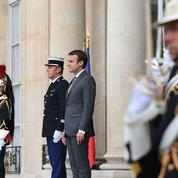 Pourquoi Macron refuse-t-il de recevoir un syndicat de police à l'Elysée ?