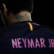 Neymar au PSG: hystérie collective et démesure financière