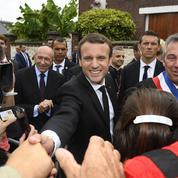 100 jours de Macron : malgré les couacs, LREM assure le service après-vente