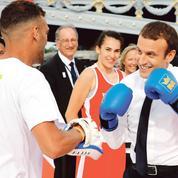 Comment Macron entend rester maître de sa communication