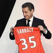 «Profitez à fond...» : à Reims, Sarkozy joue les coachs sportifs