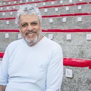 Enrico Macias garde l'espoir de sauver sa villa de Saint-Tropez
