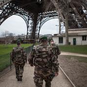 «Déséquilibrés radicalisés» : le cas d'école de l'agresseur de la tour Eiffel