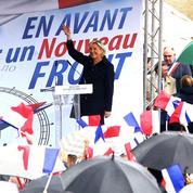 Pour sa rentrée politique, Marine Le Pen durcit sa ligne