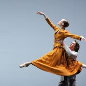 La danseuse étoile Laëtitia Pujol fait ses adieux à l'Opéra de Paris