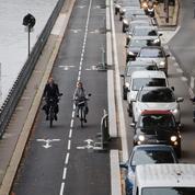 Paris met au défi cinquante volontaires de se passer de leur voiture pendant trois semaines
