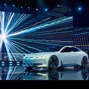 BMW i Vision Dynamics, Tesla en ligne de mire