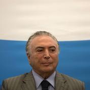 Brésil: Temer accusé de diriger une bande criminelle