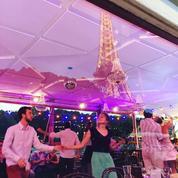 Leçon de swing au pied de la Tour Eiffel
