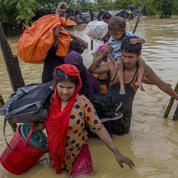 Aung San Su Kyi élude la répression des Rohingyas, forcés à s'exiler