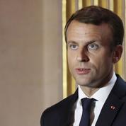 Fin des allocations familiales pour tous: pourquoi Macron va devoir trancher