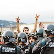 Les violences creusent le fossé entre Madrid et la Catalogne
