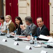 Conseillers, ministres: pourquoi ont-ils couché sur le papier les secrets de Hollande?