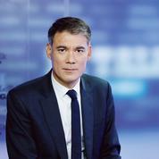 Faure dénonce le «mépris» de Macron