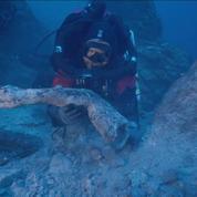 Un bras en bronze vieux de plus de 2000 ans retrouvé dans une épave en Grèce