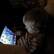 Comment des parents ont désintoxiqué leurs enfants, malades des écrans