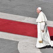 Le Pape pourrait ouvrir la prêtrise aux hommes mariés