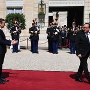 Les piques d'Emmanuel Macron à François Hollande