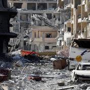 Pièges, explosifs : le long travail de déminage a commencé à Raqqa