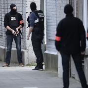 Procès : Abdeslam pourrait se rendre chaque jour à Bruxelles en hélicoptère