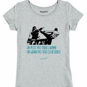 Un t-shirt collector sur le coup de pied de Patrice Evra