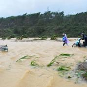 Au Vietnam, le typhon Damrey a fait 49 morts