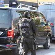 Opération antiterroriste: les dix personnes arrêtées mardi «pouvaient passer à l'acte»