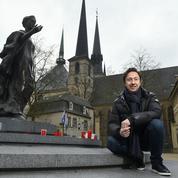 Entrée payante des cathédrales: Stéphane Bern veut distinguer fidèles et touristes