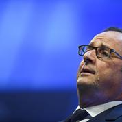 Hollande défend le secrétariat d'État à l'aide aux victimes supprimé par Macron