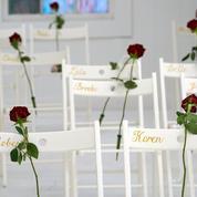 Tuerie au Texas : l'église de Sutherland Springs transformée en mémorial