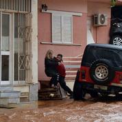 La Grèce en deuil après des inondations meurtrières