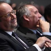 Un an après son renoncement, Hollande se déploie sur le terrain et à l'international