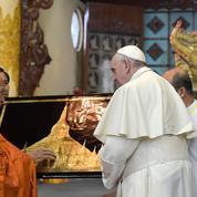 En Birmanie, le Pape appelle les bouddhistes à dépasser «préjugés» et «haine»