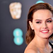 Star Wars :Daisy Ridley enterre le sabre laser après l'épisode 9