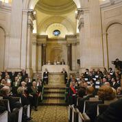 Académie française:qui pour occuper les sept fauteuils vides sous la coupole?
