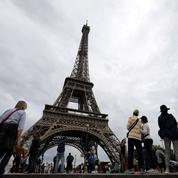Anne Hidalgo veut améliorer l'accès à la tour Eiffel