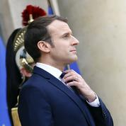 Emmanuel Macron voit sa popularité bondir