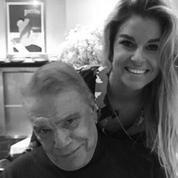 Sophie Tapie publie une photo avec son père : «On va continuer à se battre en 2018 !»