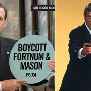 Roger Moore, l'éternel James Bond, nommé personnalité de l'année 2017 par PETA