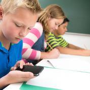 Au Danemark, quatre écoles sur dix «libérées» des téléphones portables