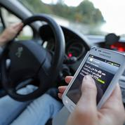 Le permis de conduire suspendu en cas d'infraction routière le téléphone à la main